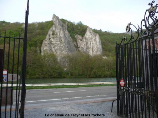 Vue du Mérinos depuis l'entrée du château